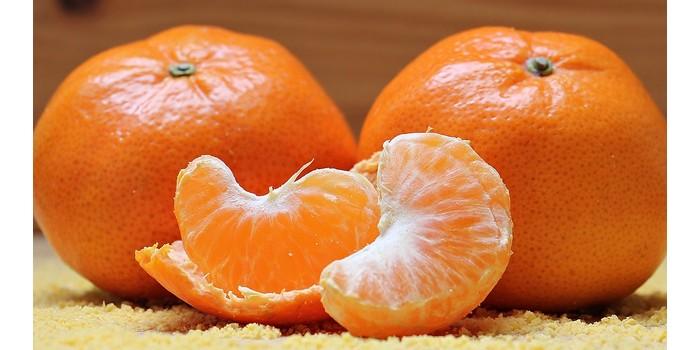 الفيتامينات الموجودة في البرتقال