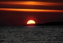 كم يبلغ قطر الشمس؟