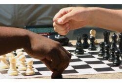 اين يقع الاتحاد العربي للشطرنج؟