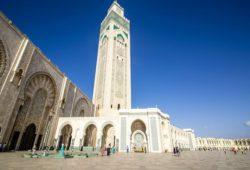 كم يبلغ عدد سكان الدار البيضاء بالمغرب؟