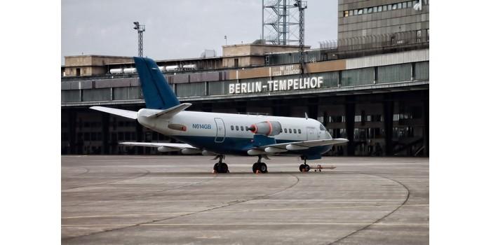 في أي دولة يوجد مطار تمبلهوف