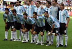 ما هو لقب منتخب الأرجنتين؟