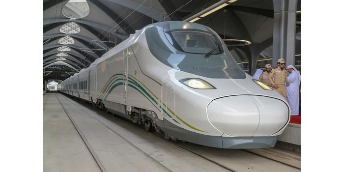 كم يبعد قطار الحرمين عن مطار جدة