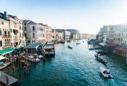 ما هو افضل وقت لزيارة ايطاليا ؟