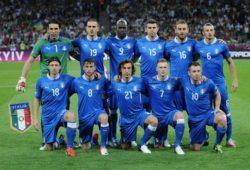 ما هو لقب المنتخب الإيطالي؟